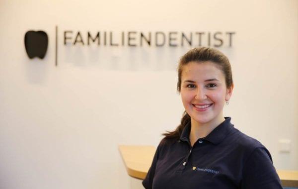 Zahnarztassistentin | Ayse Safaltin